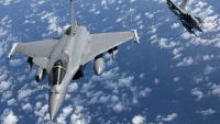 epa05027387 (FILE) A file handout photograph issued by the French Ministry of Defense 31 March 2011 showing French Rafale fighter jets in flight, at an undisclosed location, 29 March 2011. The French Air Force on 15 November 2015 launched a massive