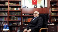 epa04139894 A handout picture made avaliable on 25 March 2014 provided by Zaman Turkish Daily newspaper shows Fethullah Gulen, an Islamic opinion leader and founder of the Gulen movement, poses during an interview at his residence in Pennsylvania, USA, 15