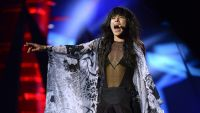 epa03705029 Last year's Eurovision winner Loreen performs during the dress rehearsal for the Grand Final of the 58th annual Eurovision Song Contest at the Malmo Arena, in Malmo, Sweden, Sweden, 17 May 2013. The grand final will take place on 18 May.