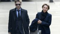 epa05115088 (FILE) A file photograph showing Marina Litvinenko (R), the widow of Alexander Litvinenko, and her son Anatoly Litvinenko (L) arriving at the Royal Courts of Justice, in London, Britain, 02 February 2015. Findings of a public inquiry into the