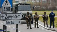 epa05229164 Security forces control the entry to Zaventem Airport, in Brussels, Belgium, 24 March 2016. At least 31 people were killed with hundreds injured in terror attacks in Brussels on 22 March. Islamic State (IS) claimed responsibility for the