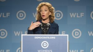 epa05439596 (FILE) A file photo dated 19 September 2014 shows Chair of the Democratic National Committee Debbie Wasserman Schultz introduces former US Secretary of State Hillary Clinton (not pictured) at the Democratic National Committee's Women&#039