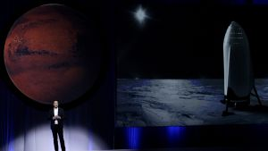 epaselect epa05559459 South African physicist, inventor, and SpaceX founder Elon Musk addresses the press during the 67th International Astronautics Congress in Guadalajara, Mexico, 27 September 2016. During the presentation, Musk outlined his plan to