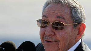 epa04744800 Cuban President Raul Castro speaks to the media after his French counterpart Francois Hollande (out of frame) departed for Haiti from Jose Marti International Airport in Havana, Cuba, 12 May 2015. Hollande called for an end to the US embargo