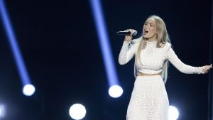 epa05189332 A picture made available on 01 March shows Agnete Kristin Johnsen (Agnete) performing on stage during the Norwegian final of Eurovision Song Contest in Oslo, Norway, 27 February 2016. Agnete will represent Norway with her song Icebreaker in