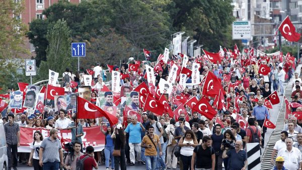 epa04918743 Turkish protesters take part in a rally against the PKK and the killing of Turkish soldiers in Istanbul, Turkey, 07 September 2015. The Turkish army said on 07 September that 16 soldiers were killed and six wounded in an attack by Kurdish