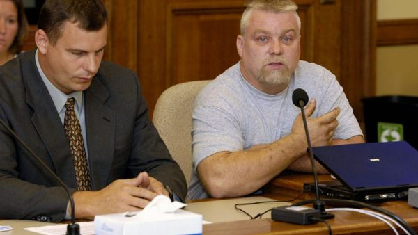 "This image released by Netflix shows Steven Avery, right, in the Netflix original documentary series ""Making A Murderer."" An online petition has collected hundreds of thousands of digital signatures seeking a pardon for a pair of convicted"