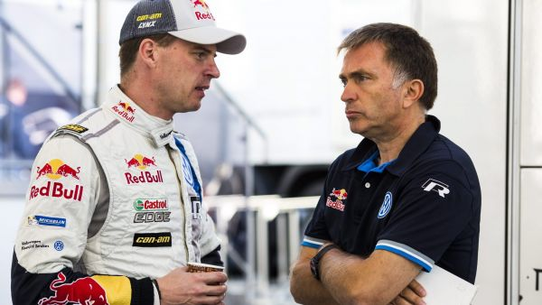 epa04459293 Miikka Anttila (L) of Finland with VW morosports director Jost Capito of Germany during shakedown of the Rally de Espana 2014, in Costa Daurada, Salou, Barcelona, Spain, 23 October 2014. The rally will take place from 23 to 26 October.  EPA