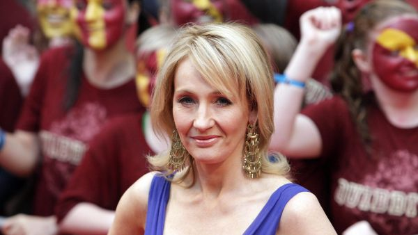 epa03864552 (FILE) A file picture dated 07 July 2009 shows British author J K Rowling appearing on the red carpet at the world premiere of 'Harry Potter and the Half Blood Prince' in Leicester Square, London, Britain. On 12 September 2013,