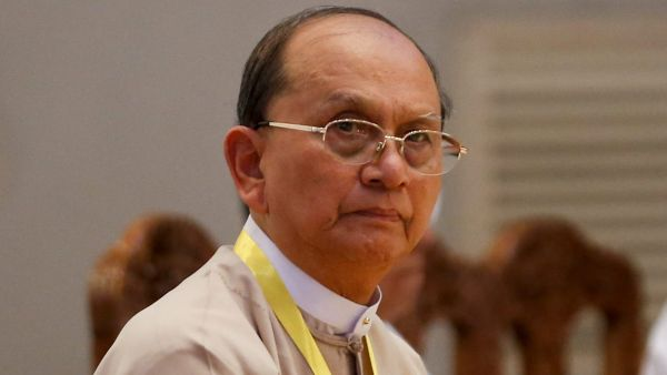 epa05025992 Myanmar president Thein Sein looks on as he attends a meeting of government officials and political parties at Yangon parliament building, in Yangon, Myanmar, 15 November 2015. Myanmar President Thein Sein and government officials met with