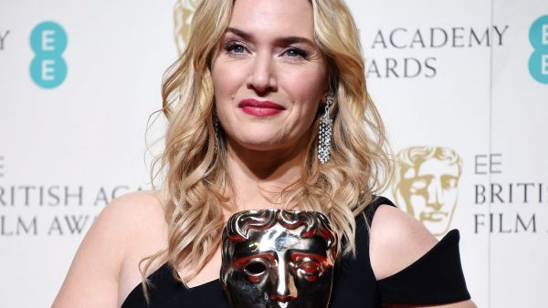 epa05161389 Kate Winslet poses in the press room after winning for the Best Supporting Actress award for 'Steve Jobs' during the 69th annual British Academy Film Awards at the Royal Opera House in London, Britain, 14 February 2016. The ceremony