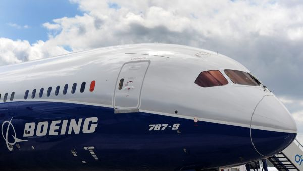 epa04316924 Boeing's 787 Dreamliner at the Farnborough AIrshow in Farnborough, Hampshire, south east England, 15 July 2014. Boeing (NYSE: BA) and CIT Group Inc. (NYSE: CIT) global leader in transportation finance, announced on 15 July 2014 that CIT