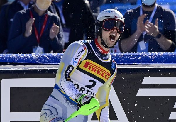 epa09027718 Sebastian Foss-Solevaag of Norway reacts in the finish area during the second run of the Men's Slalom race at the FIS Alpine Skiing World Championships in Cortina d'Ampezzo, Italy, 21 February 2021.  EPA-EFE/JEAN-CHRISTOPHE BOTT