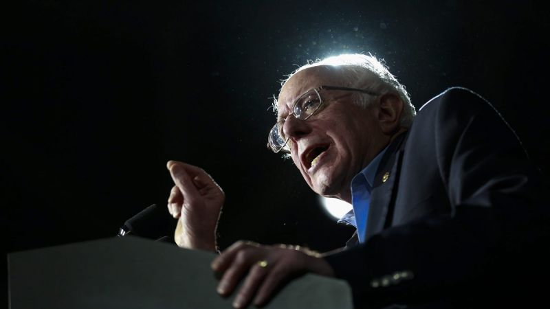 epa05150549 Vermont Senator and US Democratic presidential candidate Bernie Sanders speaks at the event 'Commit to Vote Concert featuring Bernie Sanders' in Durham, New Hampshire, USA, 08 February 2016. The New Hampshire primary will be held on